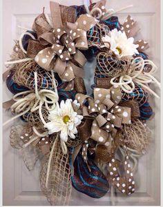 Burlap wreath LaFleur Decor