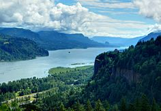 washington and oregon share the beautiful columbia river gorge:: I have no words. @Maggie McGrath