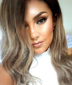 Good night my loves 💖  Amores, NUEVO video en el canal de YouTube acerca de mis favoritos de febrero, ojalá les guste 👍😙 #auroramakeup #selfie