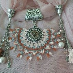 Scarf Jewelry, Needle Lace, Lace Making, Shawl, Diy And Crafts, Scarves, Jewels, Embroidery, Tote Bag