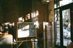 뉴욕 브루클린 빈티지숍 비콘스 클로짓 | 뉴욕 힙스터들의 공인된 비밀 옷장