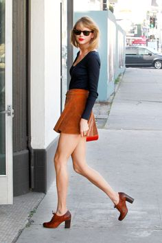 Taylor Swift Brings Her NYC Uniform To L.A. #refinery29  http://www.refinery29.com/2015/02/81782/taylor-swift-corduroy-skirt-outfit#slide-1  Yes, Taylor Swift wore this to the gym. Yesterday, the singer hit up the ModelFIT pop-up in Los Angeles, easing into her New York winter-wear routine with long sleeves and corduroy — before she actually has to return to the terrible temps of the Big Apple.