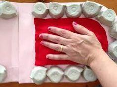 Resultado de imagen para manualidades hechas con maples de huevo