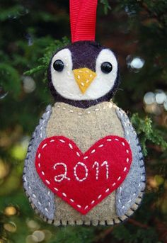 """Little Chick"" Penguin Felt Ornament - Free Tutorial by J. Clark over at Clover and Violet"