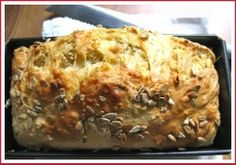 A super-easy South African recipe for beer and cheese quick bread - no yeast, no kneading! And ridiculously tasty. Beer Recipes, Baking Recipes, Recipies, Muffin Recipes, Cheese Bread, Beer Cheese, Chocolate Oats, Baking Classes, Beer Bread