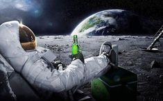 Creatively Astronaut Drink Beer - Canvas Wall Art Painting - 50x70 cm no frame / A