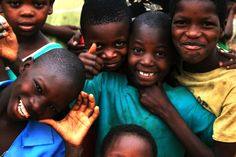 i want to meet precious african children. (these kiddos are from zambia.)