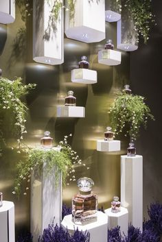 Room Design A Look at Snoring Treatments Article Body: If your own efforts to stop snoring do not he Boutique Interior, Shop Interior Design, Window Display Design, Shop Window Displays, Store Displays, Perfume Display, Perfume Store, Cosmetic Display, Cosmetic Shop