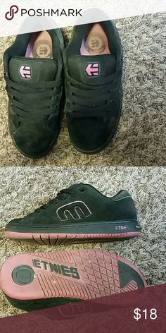 Etnies skate shoes Pink with black sneakers super comfy and cute they are used but still have life left in them. etnies Shoes Sneakers