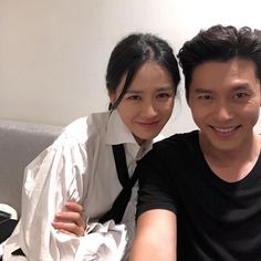 Channel-Korea has introduced about Caugh in a Dating Rumor, Here's the Truth About Hyun Bin and Son Ye-jin's Relationship Jung Hyun, Kim Jung, Korean Couple Photoshoot, Handsome Korean Actors, Hallyu Star, Sweet Guys, Sweet Couple, Hyun Bin, Kdrama Actors