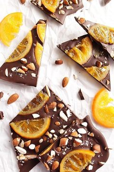 Chocolate Bark with Candied Oranges Dark Chocolate Bark with Candied Oranges - This recipe is great for a holiday treat or as an edible gift! So Delicious! Dark chocolate, candied oranges, almonds, and sea salt! Vegan Desserts, Just Desserts, Delicious Desserts, Yummy Food, Plated Desserts, Candy Recipes, Sweet Recipes, Dessert Recipes, Carrot Recipes
