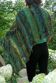 GREEN BEFORE THE GOLD: A Free Free Range Pattern by Jane Thornley