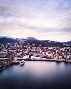 Schön wars in #Luzern! 💙 Wie war euer Weekend? Ich wünsche euch noch einen gemütlichen Abend! #citylakemountainmeet Amsterdam, England, River, Outdoor, Instagram, Europe, Day Trips, Vacation Places, Lisbon