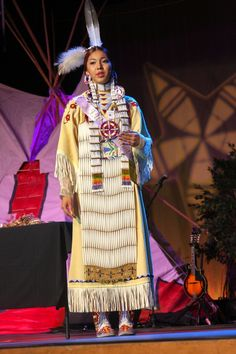 Native American Teepee, Native American Actors, Native American Regalia, Native American History, Indian Pow Wow, Native Indian, Walk In The Spirit, Indian Pictures, Indian People