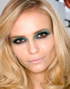Beautiful look: Emerald eyes and nude lips