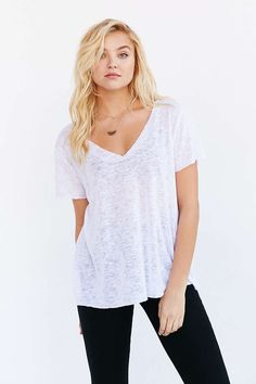 Project Social T Textured-Knit V-Neck Tee - Urban Outfitters: Bright White, Small