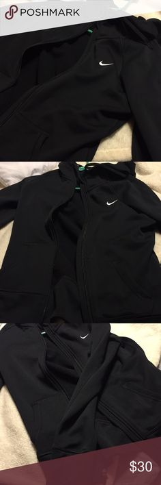 Black Therma-Fit Nike Hoodie Black Therma-Fit Nike Hoodie Nike Tops Sweatshirts & Hoodies