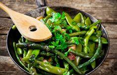 RECEPT: Zelené fazuľky s pancettou, tofu a chilli via Tofu, Green Beans, Vegetables, Vegetable Recipes