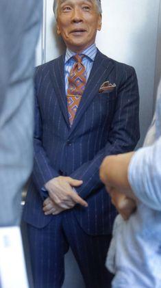 小川カズオフィシャルサイト » Blog Archive » 巨匠〜衣替えですよ〜!! Fashion For Men Over 50, Suit Combinations, Designer Suits For Men, Preppy Men, Pinstripe Suit, Tailored Suits, Men Style Tips, Suit Fashion, Fashion Tips