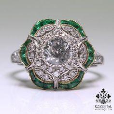 Antique Art Deco 18K Gold Diamond & Emerald Ring