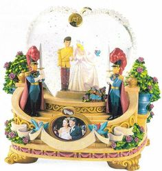 Disney Cinderella Wedding Snowglobe