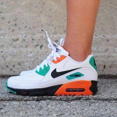 Tenis Nike Casual, Tenis Nike Air Max, Air Max 90, Nike Basketball, Nike Lebron, Air Max Sneakers, Shoes Sneakers, Running Sneakers, Running Shoes