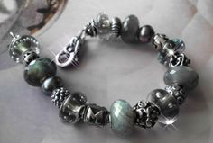 Labs and Bubbles by Kira at Trollbeads Gallery Forum