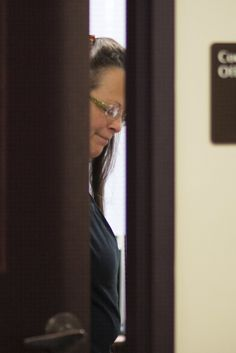First Gay Couple Receives Marriage License At Jailed Kentucky Clerk's Office