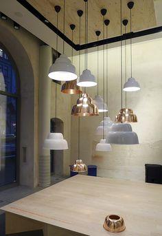 Levels lamp won the Form +1 Award 2013 for best new product. Design by Form Us With Love for One Nordic.  Kaunista, mutta en tiedä on juuri meidän juttu.. Aika näyttää.