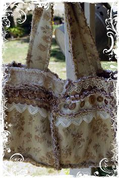Rag Bag Tutorial by Karen Valentine. I just adore her creations and advice on blogging and her Blog!!!