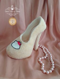 Sugar Hello Kitty Highheel by Sweet Side of Cakes