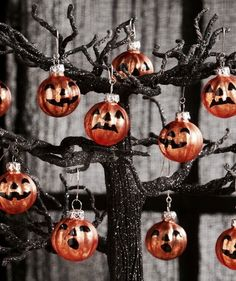 Bethany Lowe Ornaments Halloween Collection Vintage Style Jack O Lantern Ornament Set of 3 Glass Brand New Ornaments measure 1 inches in diameter. Designed for display on a feather or table Halloween Trees, Retro Halloween, Halloween Boo, Halloween Christmas, Diy Halloween Decorations, Halloween Pumpkins, Halloween Crafts, Happy Halloween, Halloween Candles
