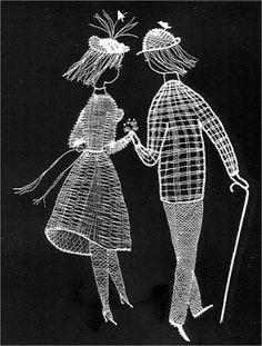 Los dos, foto y picado - Choni Encajeras - Picasa Albums Web Lace Design, Pattern Design, Bobbin Lacemaking, Lace Art, Bobbin Lace Patterns, Parchment Craft, Unique Crochet, White Chalk, Lace Making