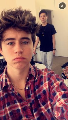 miss them @OfficialCarterR @nashgrier miss you