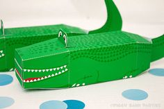 Alligator Favor Box : DIY Printable Crocodile by PiggyBankParties