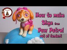 how to make rocky paw patrol cake topper fondant - tutorial cane in pasta di… Skye Paw Patrol Cake, Sky Paw Patrol, Paw Patrol Cake Toppers, Paw Patrol Party, Paw Patrol Birthday, Fondant Figures, 3d Figures, Fondant Cake Toppers, Cake Topper Tutorial