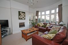 house - Living room ideas, oak coffee table and leather settees 1930s Semi Detached House, 1930s Home Decor, Open Plan Kitchen Dining, 1930s House, Oak Coffee Table, Home Living Room, Modern Bedroom, Settees, Lounge Ideas