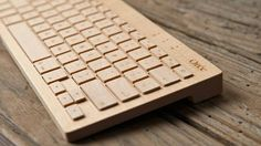 使いこめばこむほど味がでる、木のキーボード。Bluetooth接続可です