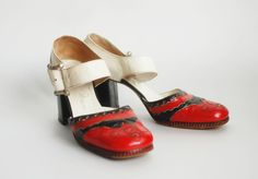 vintage shoes and with the right thing..yes I can do this