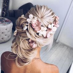 100 Gorgeous Wedding Updo Hairstyles That Will Wow Your Big Day - Selecting your bridal hair style is an important part of your wedding planning,Gorgeous wedding updo hairstyles,wedding updos with braids,braided wedding updos,braided bridal hairstyles,Bridal Updos,messy updo Wedding Hairstyles Ideas #braidedhairstylesupdo