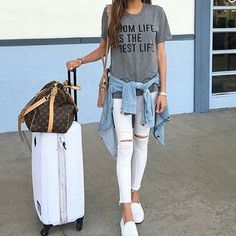 Look Good when Traveling!! #look #fashion #fortraveling#whitepants