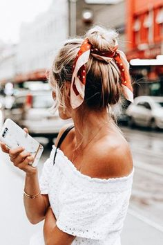 lovely topknot – how to wear tie a bandana in your hair – pictures, outfit ideas inspiration, women's hair styles up do My Hairstyle, Scarf Hairstyles, Summer Hairstyles, Messy Hairstyles, Pretty Hairstyles, Bandana Hairstyles For Long Hair, Easy Beach Hairstyles, Teenage Hairstyles, Hairstyle Wedding