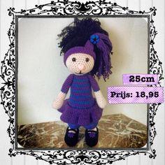 Purple Girly Check FB: Made by Miem
