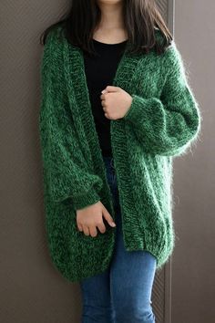 Your place to buy and sell all things handmade Oversized Chunky Knit Sweater Loose Knit Chunky Knit Knit Cardigan Pattern, Chunky Knit Cardigan, Green Cardigan, Mohair Sweater, Loose Sweater, Chunky Knitting Patterns, Knitting Designs, Baby Knitting, Knit Jacket