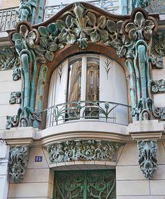 Beautiful Architecture, Beautiful Buildings, Art And Architecture, Architecture Details, Residence Architecture, Casa Art Deco, Art Nouveau Arquitectura, Jugendstil Design, Unusual Homes