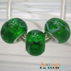 $1.39    Deep Green Lampwork Murano Glass Beads Silver Fit Bracelet Hot Sale http://www.eozy.com/deep-green-lampwork-murano-glass-beads-silver-fit-bracelet-hot-sale.html