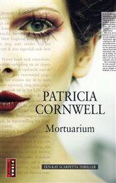 Mortuarium  Patricia Cornwell Mortuarium Een Kay Scarpetta thriller Een zesjarig jongetje is op gruwelijke wijze vermoord in zijn achtertuin. Vrij snel wordt een verdachte opgepakt die de moord bekent: Johnny Donahue. http://www.bruna.nl/boeken/mortuarium-9789021015057