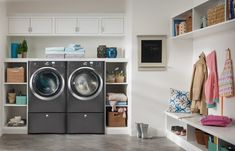 Having a whole room dedicated to laundry room design is not something every person is accustomed with yet it's really a really useful idea. Still, handling to fit everything you require in a tiny laundry room design is challenging. Laundry Room Sink, Modern Laundry Rooms, Laundry Room Layouts, Laundry Room Organization, Laundry Room Design, Laundry Area, Ideas Prácticas, Room Ideas, Decor Ideas