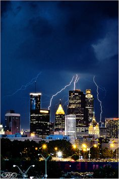 So amazing - and yes, the storms happen all the time! Georgia Usa, Georgia On My Mind, Atlanta Georgia, Wonderful Places, Beautiful Places, Atlanta Travel, Atlanta Skyline, Georgia Aquarium, Places To Go