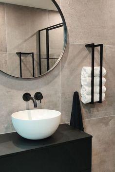 Bathroom Toilets, Laundry In Bathroom, Small Bathroom, Bathrooms, Wc Design, Toilet Design, Bathroom Towel Decor, Bathroom Styling, Modern Bathroom Design